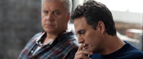 Tim Robbins and Mark Ruffalo in Thanks for Sharing (2013)